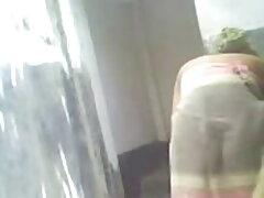 লকার রুমে, 70 বছর চুদা চুদি বই বয়সী চৌকো করে কাটা